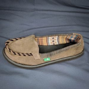 Sanuk Shoes Size 7 Brown Womens Leather Flats